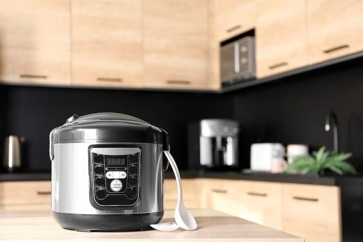電気圧力鍋のメリットとデメリットは?