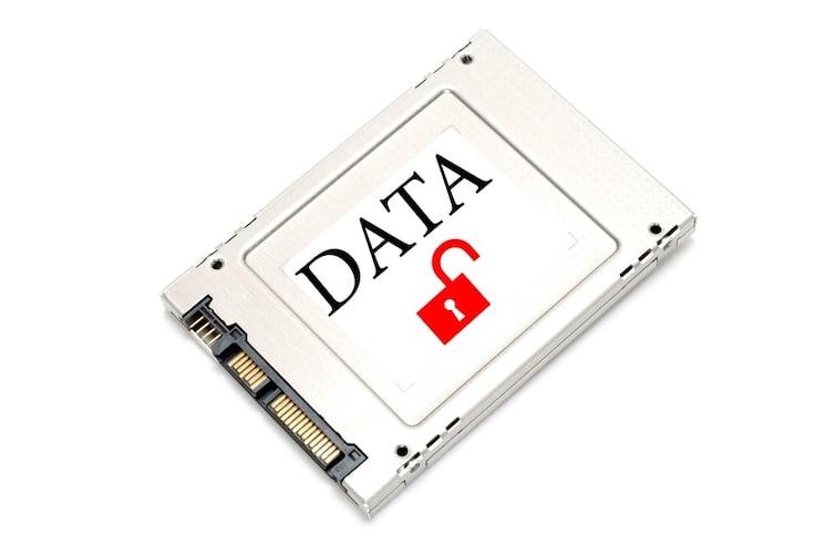 5、セキュリティー|専用ICカードやiPhoneをかざしてロック解除