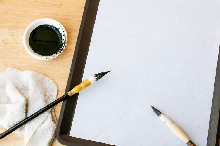 インク|墨汁に近い発色なら染料インク、速乾性で選ぶなら顔料インク