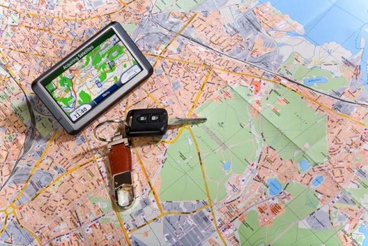 地図更新|更新の頻度や料金、更新方法を必ず確認