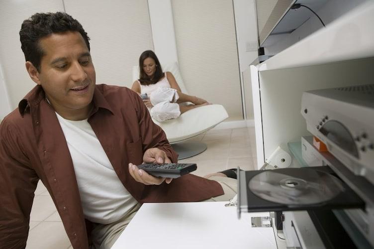 3、レコーダー対応 お使いのブルーレイ・DVDレコーダーの操作ができる