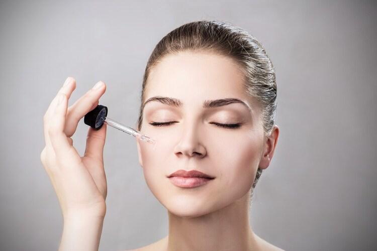 ビタミンC美容液の使用は朝よりも夜の方が理想的
