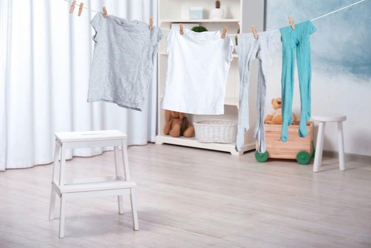 1.洗濯物を間隔をあけて干す