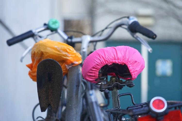 自転車にサドルカバーは必要?そのメリットとは