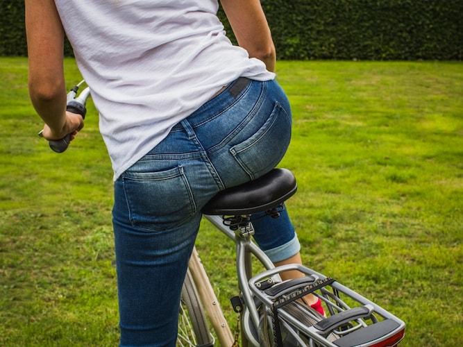 素材|お尻の痛みを防ぐ低反発やジェル製がおすすめ