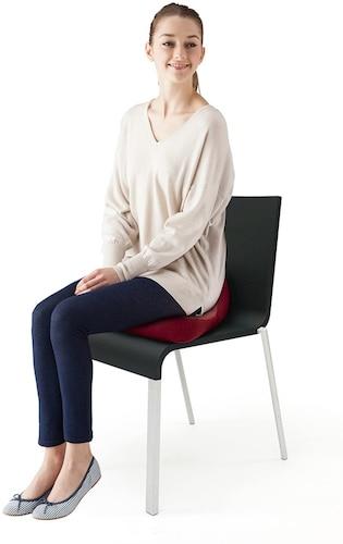・オフィスなどで椅子に設置して使う