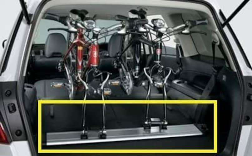 カーゴ(車内積載)|車内でしっかり固定でき、雨や虫から自転車を守る