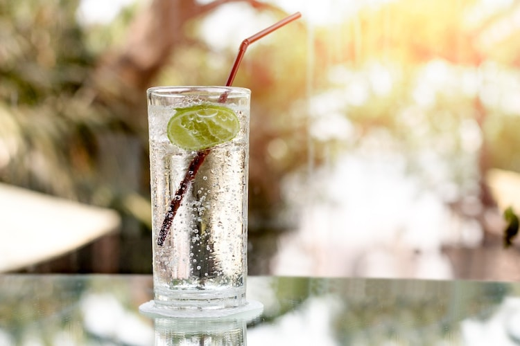 炭酸水はゼロカロリー!炭酸ジュース代わりにもおすすめ