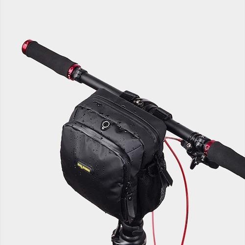 2、防水性|スマホやカメラなどを入れる方は要チェック!
