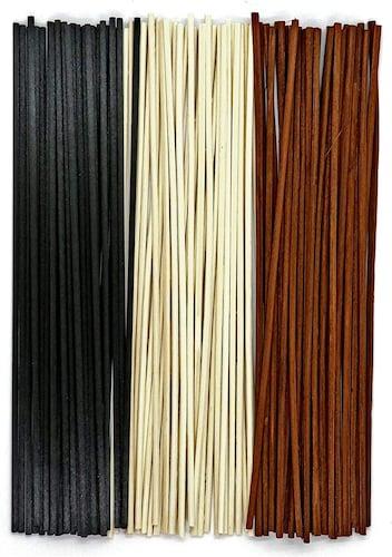 リードの素材|香りが広がりやすい葦やラタンが◎