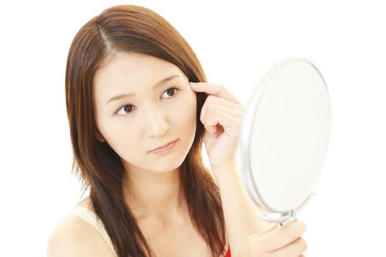 ・短めの鍼は長さ0.3mm程度、顔など皮膚の薄い部位に