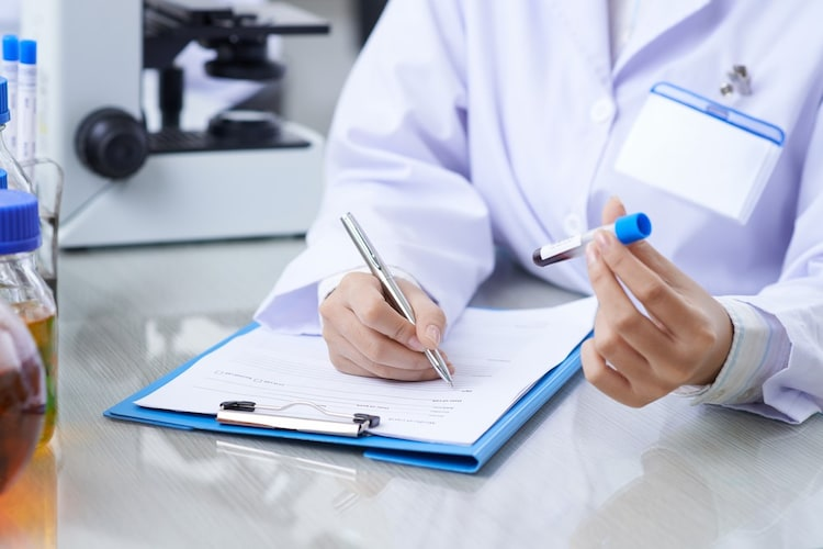 メーカー|検査結果のフォローや情報漏洩リスクを考える