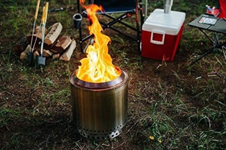 ストーブタイプ|燃焼効果が高く、自然の素材でも火が起こしやすい