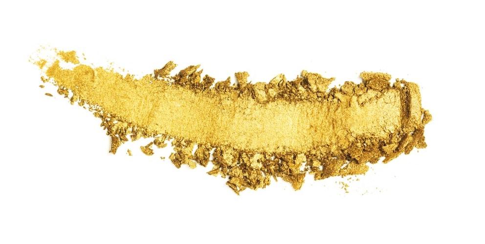 ・イエベの方は黄色系のオレンジやゴールドがおすすめ