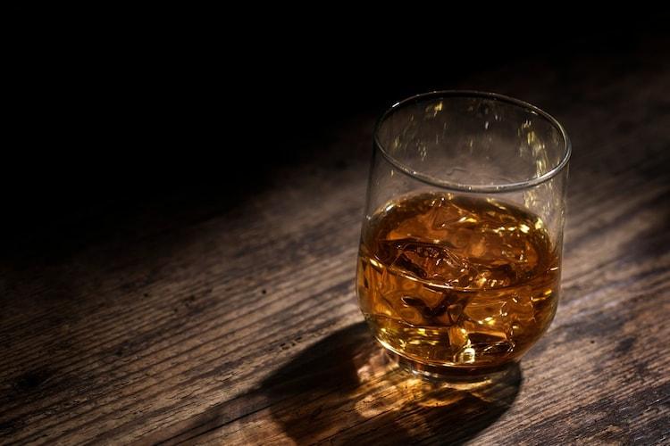 グレーンウイスキーorブレンデッドウイスキー|入門者におすすめ