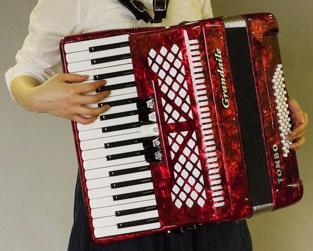 ピアノと同じ配列の「鍵盤式」