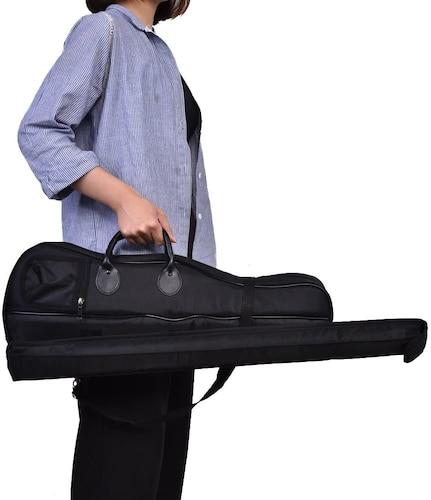 形状|電車移動なら肩掛けできるものが◎。