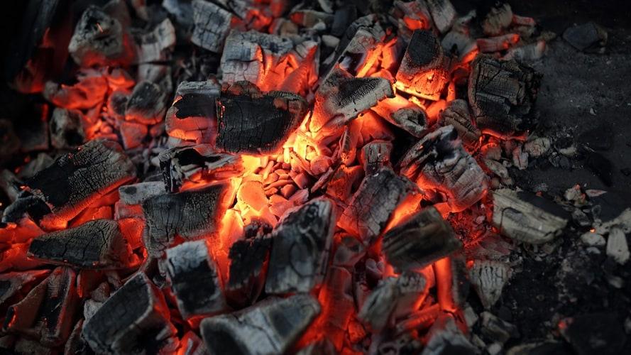 燃焼時間|燃えにくい炭を使うときは注意