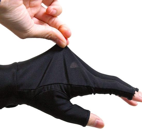 メッシュ製|プレー中、手の熱や蒸れが気になる人におすすめ