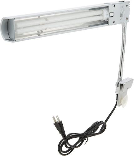 ▼蛍光灯:安定した水草育成に最適