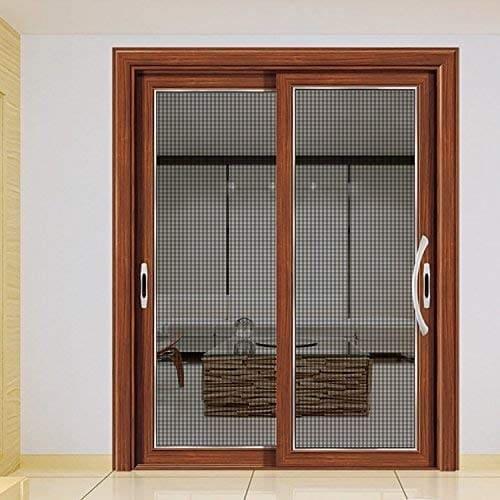 ・ベランダや窓はペット用網戸などでの対策がぴったり!転落にも注意