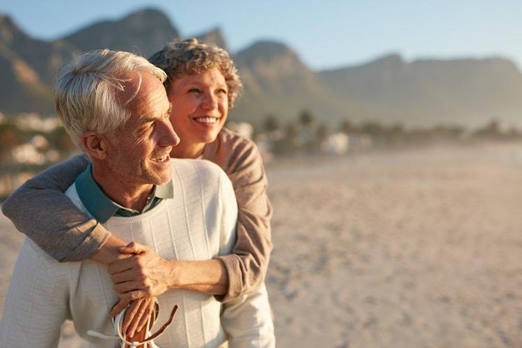 ▼定年退職|趣味に使える物や商品券や旅行券がおすすめ