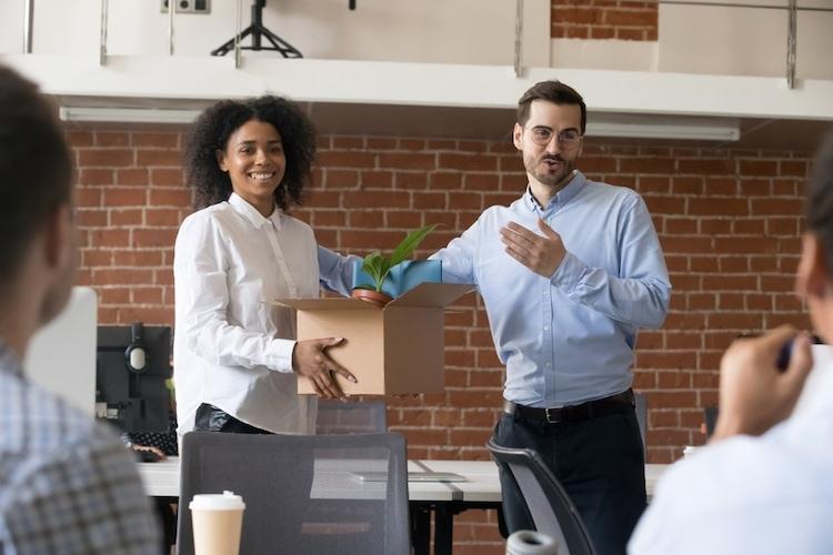 ▼転職|ビジネスで使えるビジネスグッズがおすすめ
