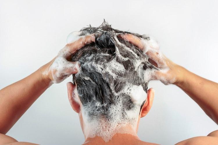メンズ|女性と同じ選び方が基本!くせ毛以外にも悩むなら専用アイテムを