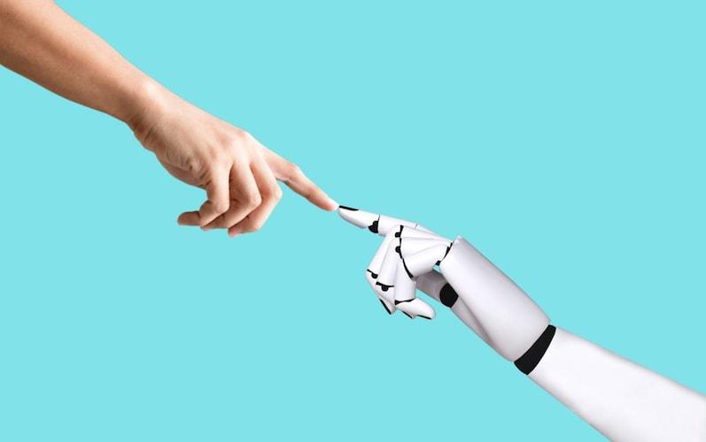 コミュニケーションロボットとは...?