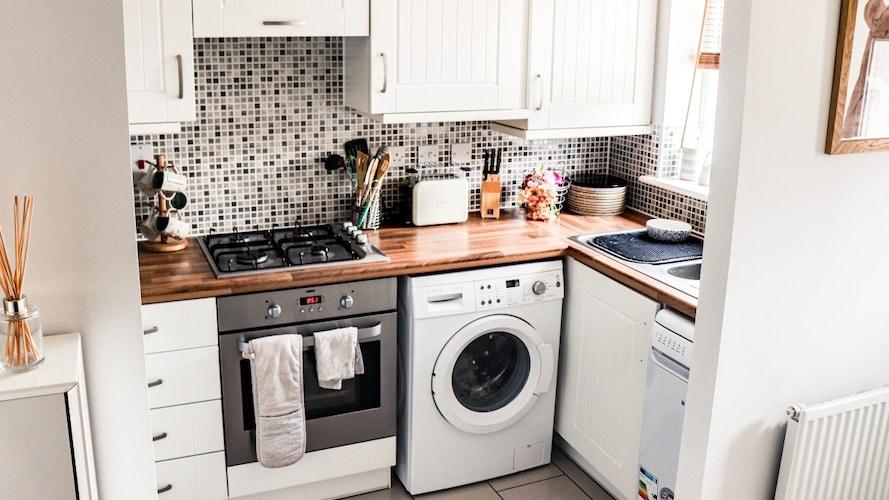 一人暮らしの洗濯機周りの収納を助けてくれる便利アイテムをチェック!