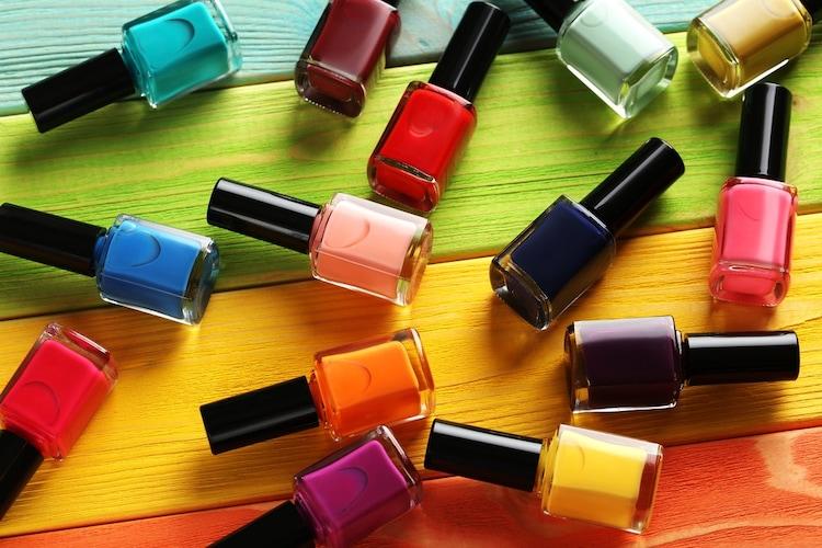 ネイルポリッシュ|色や質感にもこだわってお気に入りのアイテムを