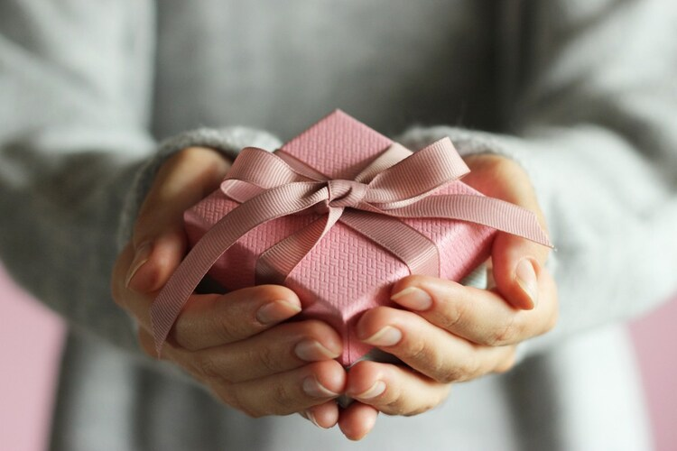 バレンタインチョコ以外の人気おすすめギフト