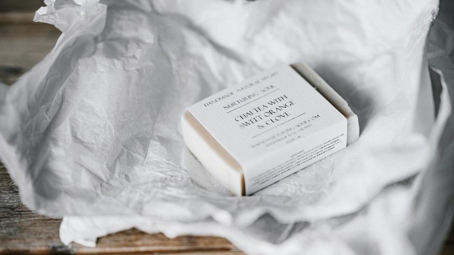 ▼「薬用石鹸」は高い洗浄力と殺菌効果が特徴