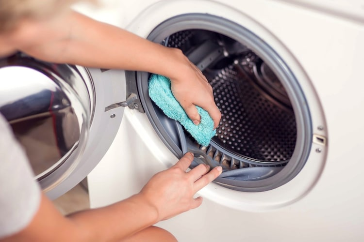 ドラム式洗濯機の寿命は7~10年くらい!替え時のサインは?