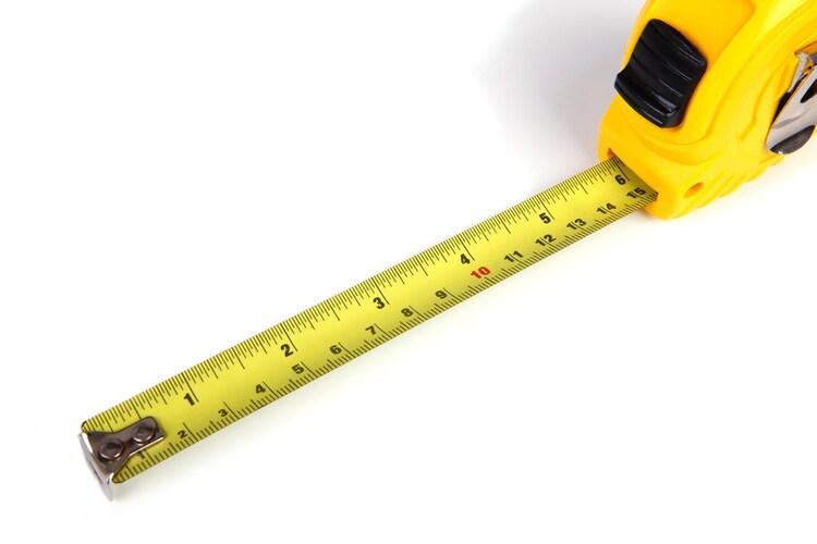 大きさ|15cm、100g程度なら片手で操作しやすい