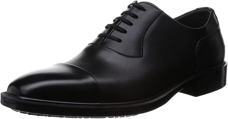 ▼革靴:スーツとの相性が◎