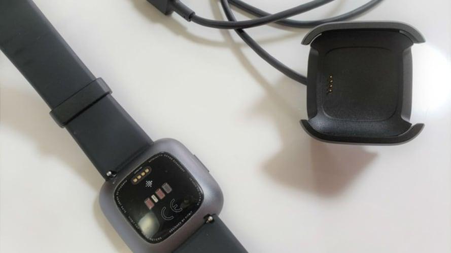 バッテリー|充電方法と持ち時間を確認!