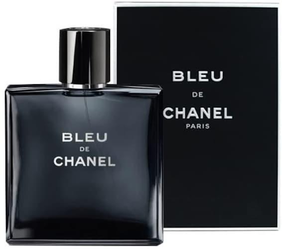 ・時間帯によって香りを変えたい場合は「オードトワレ」