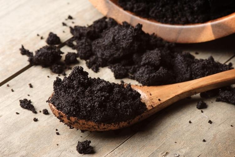 コーヒーかす、焦げたパンなど意外なモノで簡単消臭