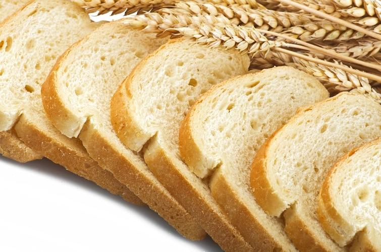 ・もっちりおいしい定番の「小麦粉」