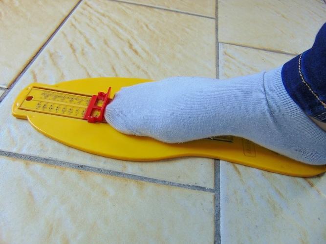 サイズ 自分の足よりも+1cm大きいものを