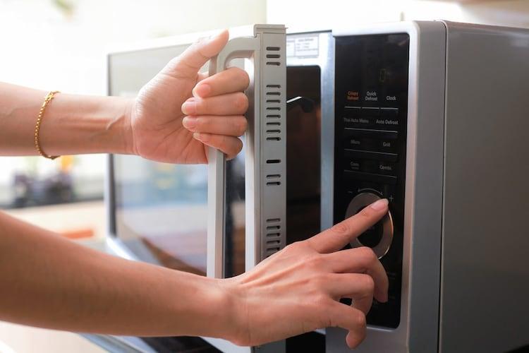 機能 電子レンジや食洗機に対応したものが便利