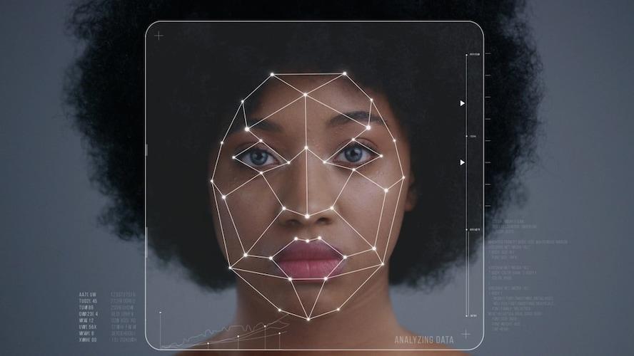オプション|ヤマハの「AudioEngine」や「顔認証」など