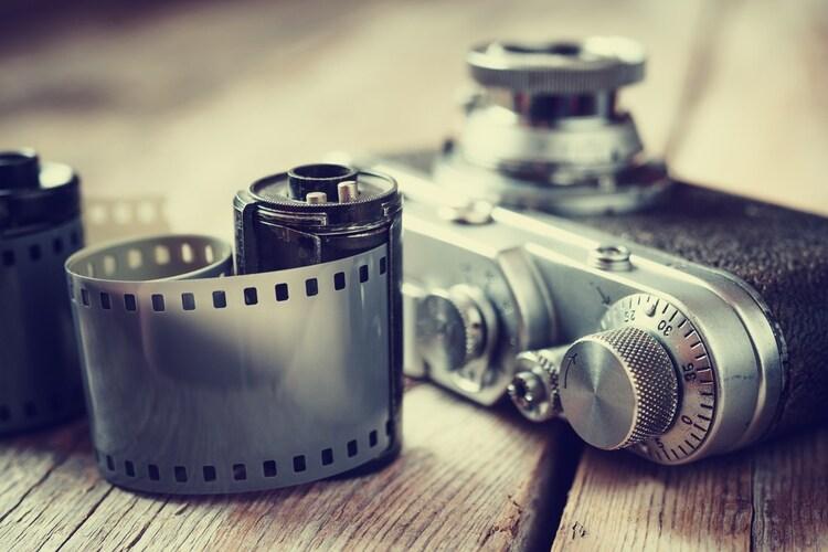 フィルムカメラとは