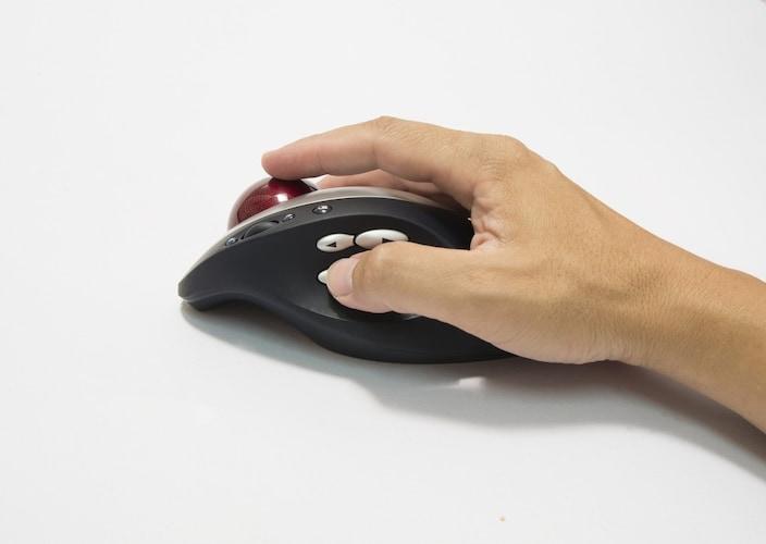 機能面|ボタンの数・マルチタッチ機能に注目!