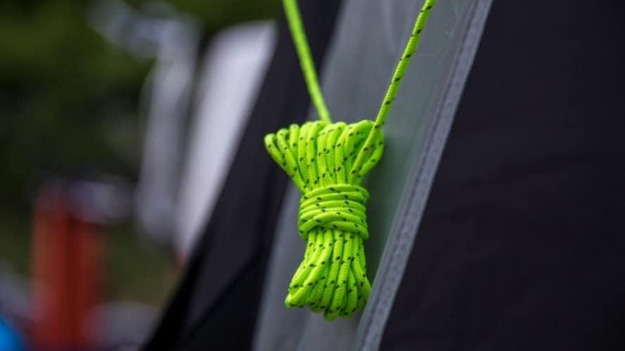 ▼テントロープ(ガイロープ)とパラロープの違い