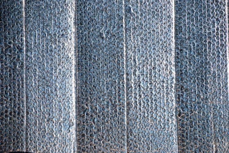 素材|『メッシュタイプ』と『アルミタイプ』の2種類
