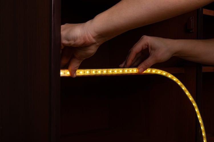 ・家具などをライトアップしたい場合は1206、2012
