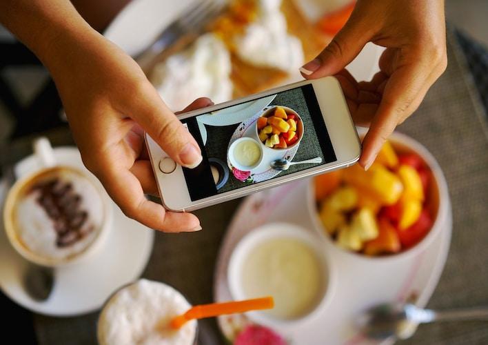 被写体|人物の顔、食べ物、風景など画像に合うものを選ぶ
