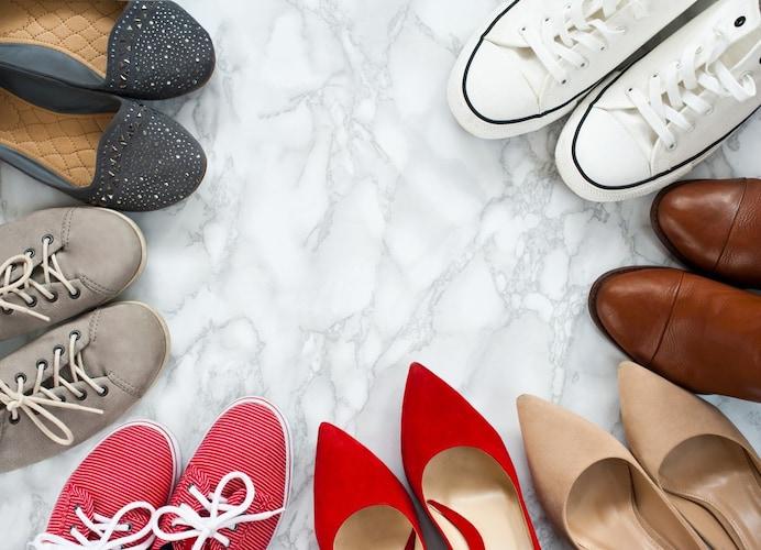 靴の種類 スニーカー、革靴、パンプスなどそれぞれに合ったものを
